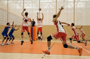 Setter Colin Carson puts one up for his teammates in their gold-medal winning match against the UBCO Heat in a four-team invitational exhibition tournament held the weekend of Oct. 12. Karla Karcioglu/The Omega