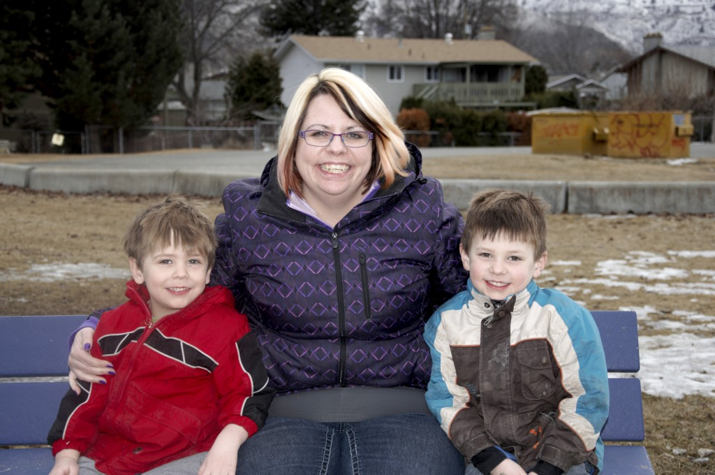 TRU student Amanda Hill sits with her sons, three-year-old Jackson (right) and five-year-old Jude (left). Carli Berry/The Omega