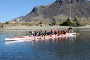 TRU students on their first dragon boating voyage. (Tayla Scott/The Omega)