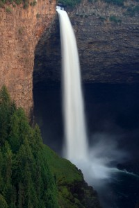 Helmcken Falls in Wells Gray Park, near the recently donated land. (Frank Kovalchek/Flickr Commons)