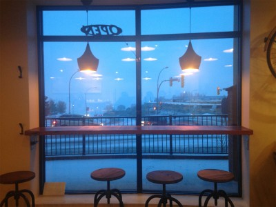 The view from inside Reservoir Coffee, a new nearby coffee shop. (Annie Slizak/The Omega)